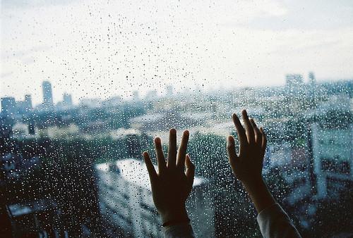 """""""When it rains in Los Angeles…"""" —#eecummings"""